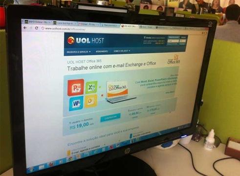 uol-host-office-20120126132207